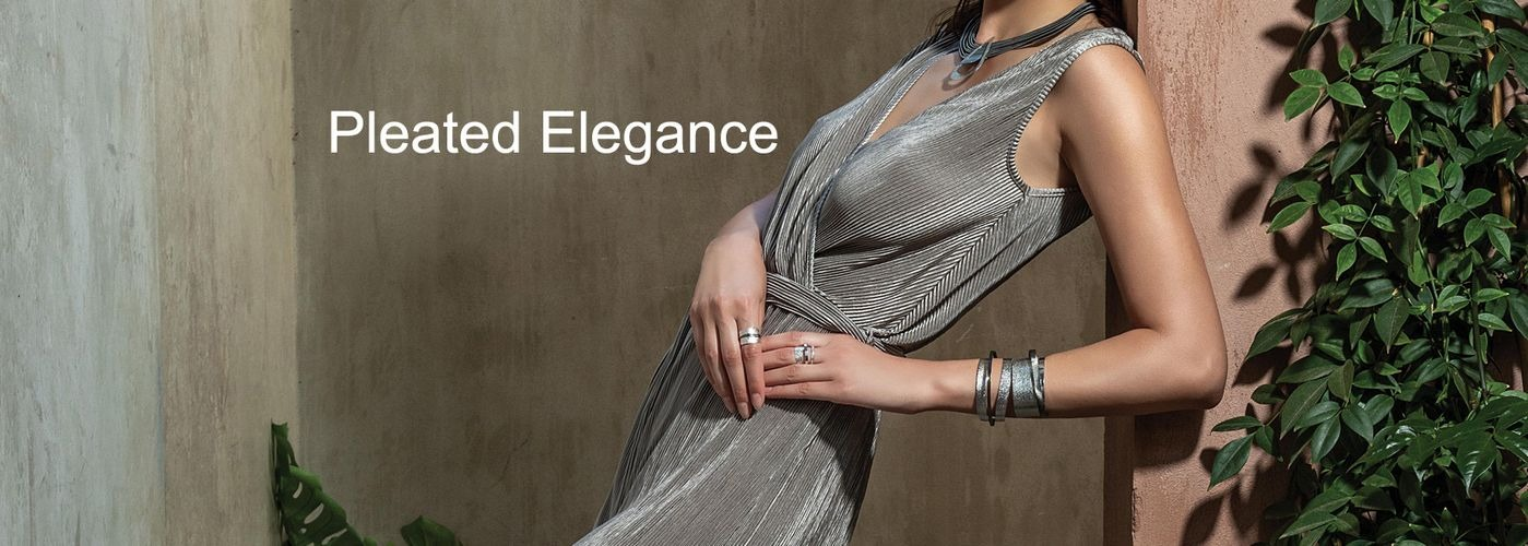 Collection Pleated Elegance